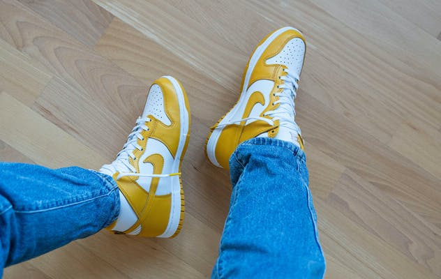 Nike Dunk High Dark Sulfur Foto 1