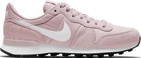828407-621 Nike Internationalist