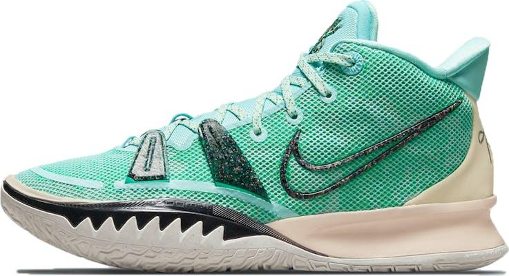 CQ9326-402 Kyrie 7 Basketbal