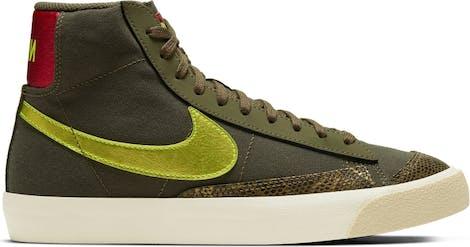 "CZ0462-200 Nike WMNS BLAZER MID '77 ""Medium Olive"""