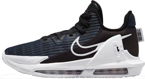 CZ4052-002 LeBron Witness 6 Basketbalen