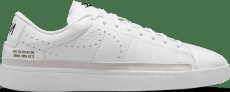 DA2045-100 Nike Blazer Low X White Gum Outsole