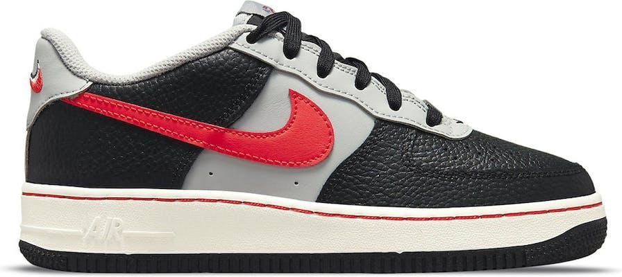 DJ9993-001 Nike Air Force 1 EMB en